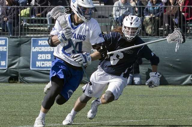 college lacrosse 3 1 2 sweep dodge offense play
