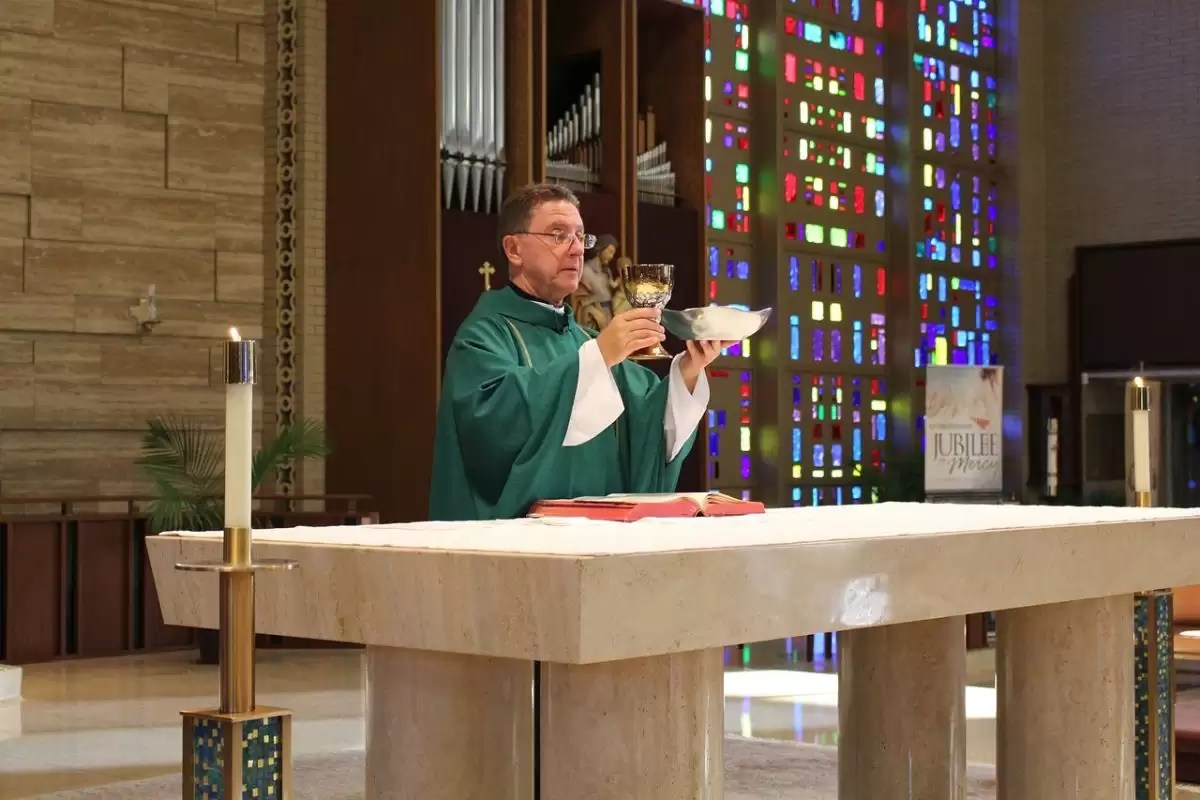 Best Sites To Watch Catholic Mass Online