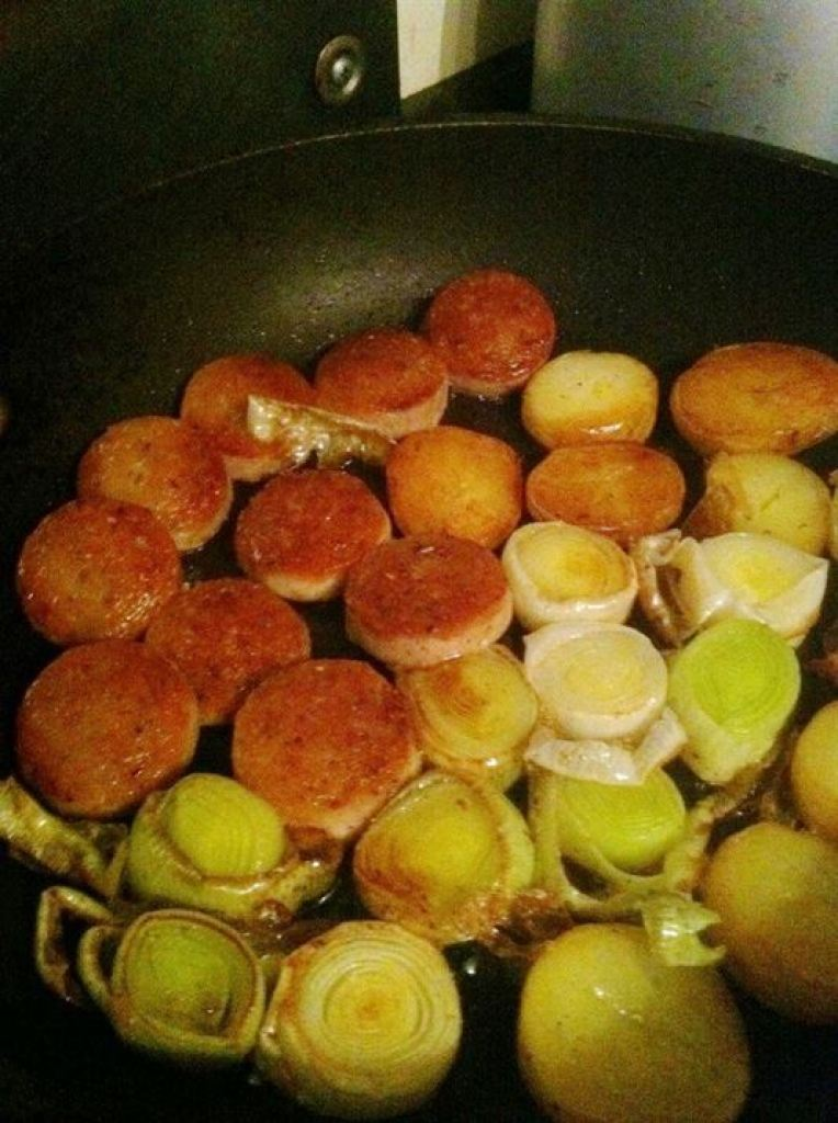 Flavours of the Sea: Scallops and White Pudding with Leeks, Lay The Table