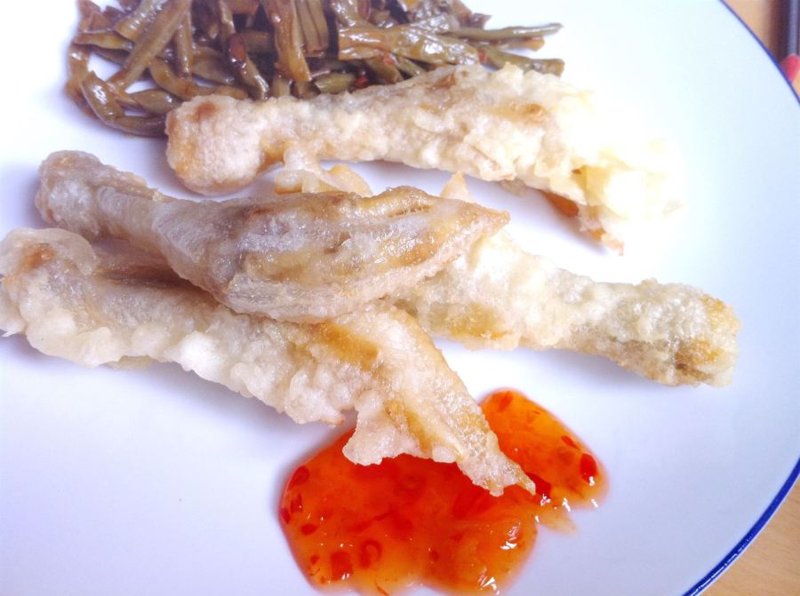 Recipe Shed Special: How to cook (and eat) Chinese chicken feet and cow peas, Lay The Table