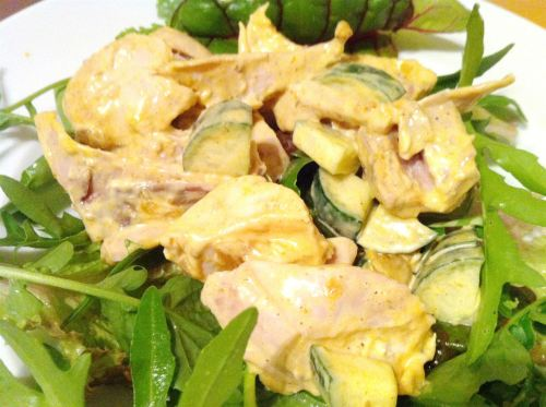 Creamy Chicken Korma Salad with Rocket, Swiss Chard and Fresh Mint, Lay The Table