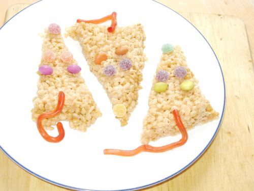 Moshi Monsters Marshmallow Mice Krispies, Lay The Table