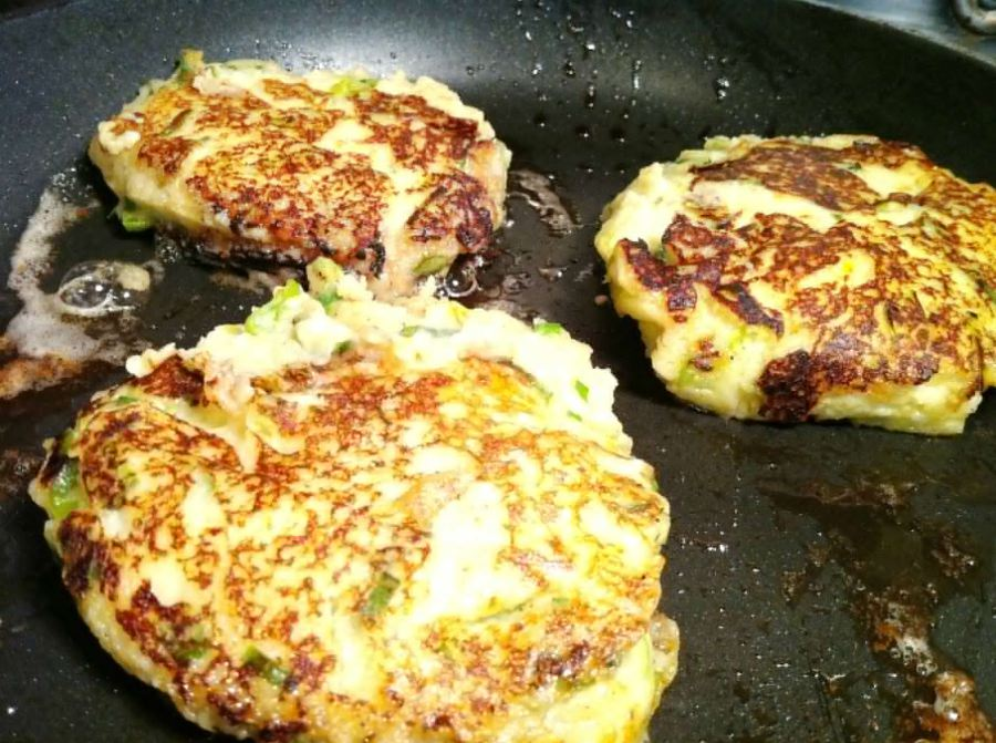 St. Patricks Day Slow Cooked Bacon with Potato Cake and Colcannon Sauce, Lay The Table