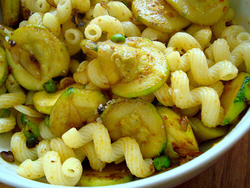 How To Make Indian Vegetarian Desi Pasta, Lay The Table
