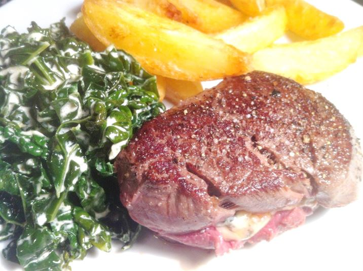 Faux Carpet-Bagged Fillet Steak, Lay The Table