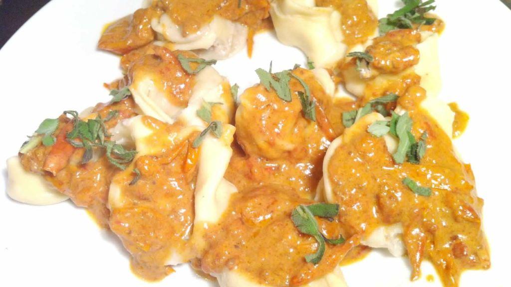 tortelloni-stuffed-with-gorgonzola-and-walnuts-2-5629637