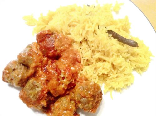 Spicy Indian beef koftas baked in a silky tomato sauce, Lay The Table