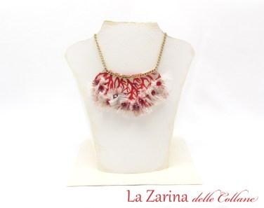 collana di stoffa corallo