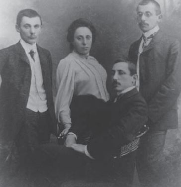 Noether with her brothers