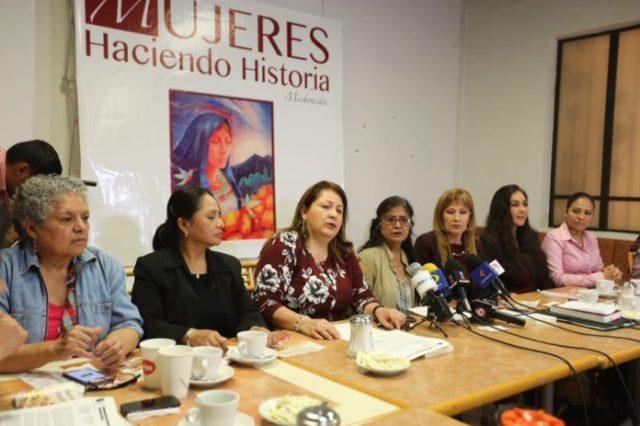 Mujeres de MORENA se niegan a hablar del trabajo de SEIMUJER.
