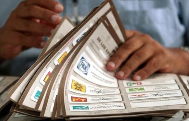 El Instituto Electoral mexicano aprueba un polémico método de conteo rápido para las elecciones de 2018.