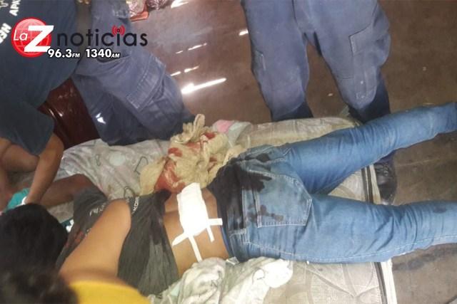 Hieren a muchacho con arma blanca en Apatzingán