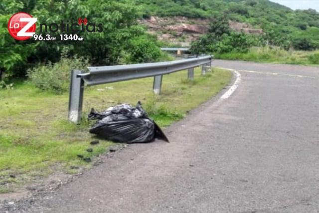 Tiran bolsa con cuerpo humano dentro, en la región de Buenavista