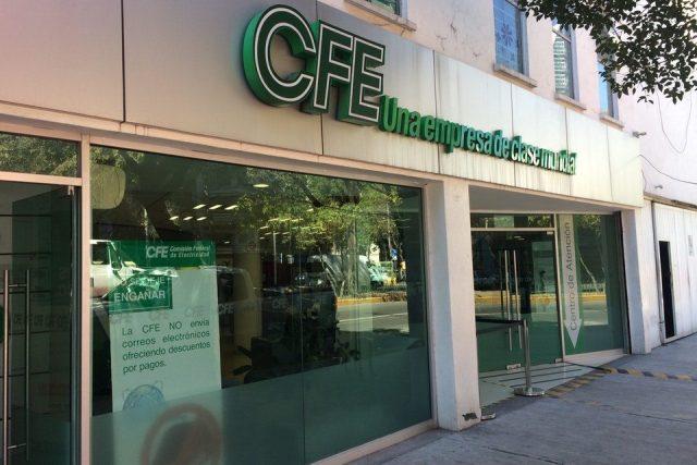 En pandemia, CFE baja switch a 500 mil y gana millones por reconexión