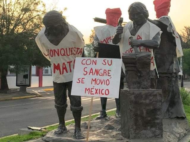 Morelianos piden al Ayuntamiento que estatua de los constructores sea removida de la Avenida Acueducto