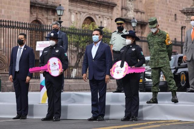 Presenta Gobernador a la Policía de Caminos; estrenan 50 patrullas