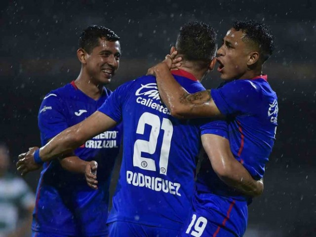 Cruz Azul suma 16 partidos sin conocer la derrota