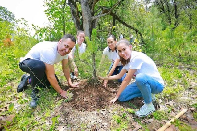 Reforestar, trabajo de hoy por el bien del mañana: Carlos Herrera