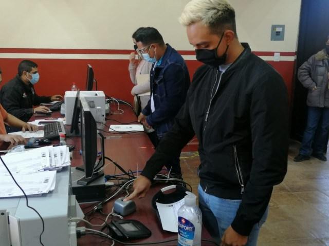 En Michoacán, más del 80 por ciento de vehículos porta placas vigentes