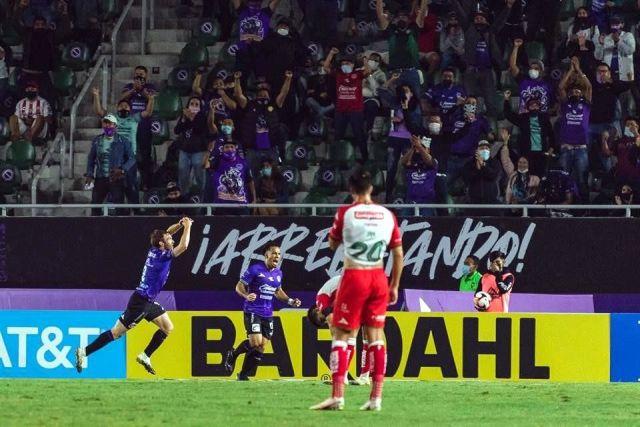 Gana el Mazatlán con presencia de afición