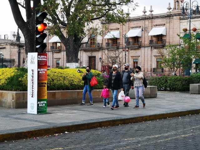 """Gobierno de Morelia implementa """"Semáforo de Riesgo Epidémico"""""""