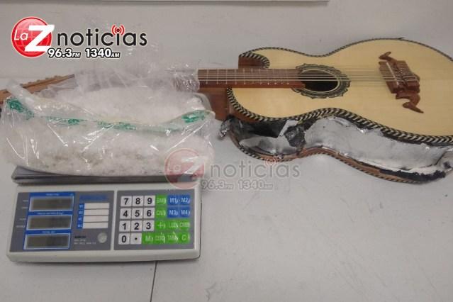 GN decomisa 250 mil pesos de droga ocultos en una guitarra