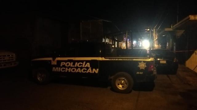Hallan cuerpo sin vida encobijado y golpeado en el fraccionamiento Michoacán