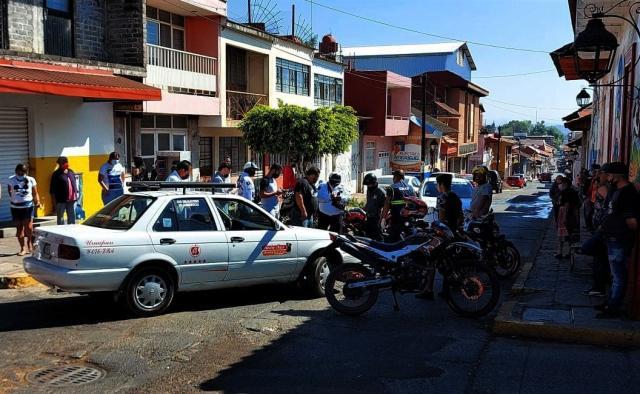 Mujer arrollada por un taxi en Santo Santiago