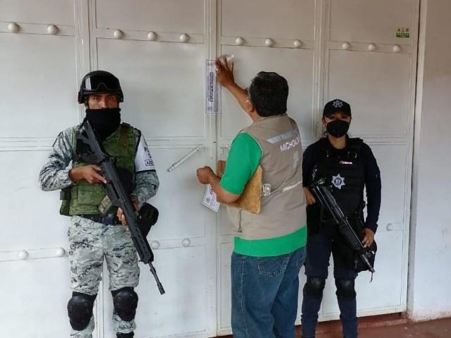 Suspenden Guardianes de la Salud tres establecimientos en Morelia