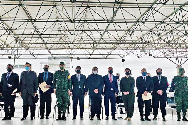 Toma Ejército aduanas de NL y Tamaulipas