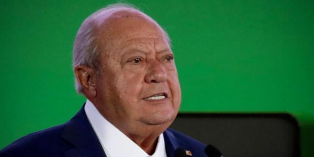 Carlos Romero Deschamps presentó su renuncia como trabajador activo de Pemex: AMLO