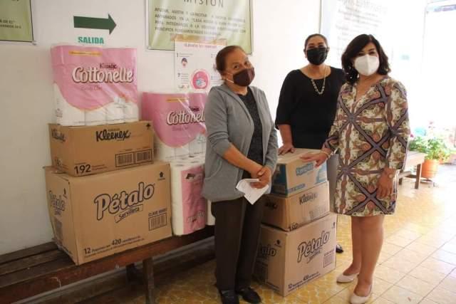 Continua DIF Morelia entregando donativos de higiénicos a hospicio y casas hogar