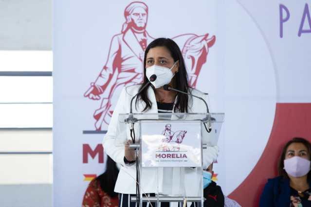 Inicia Gobierno de Morelia entrega del programa Educación y Tecnología para el Bienestar