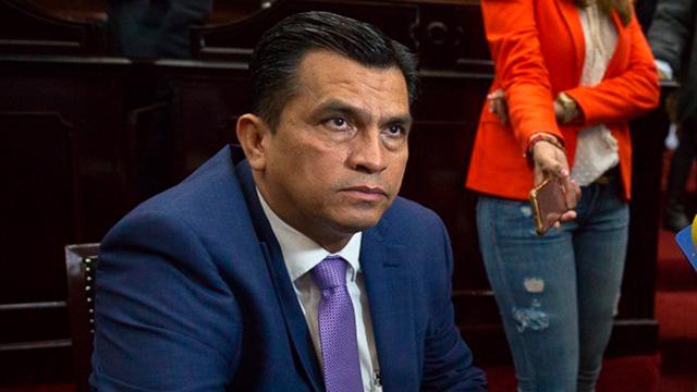 Aún sin definir si Javier Estrada deja la candidatura de Lázaro Cárdenas