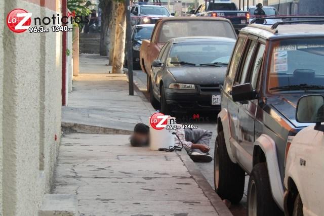 Adulto mayor muere en las calles de la colonia El Carmen