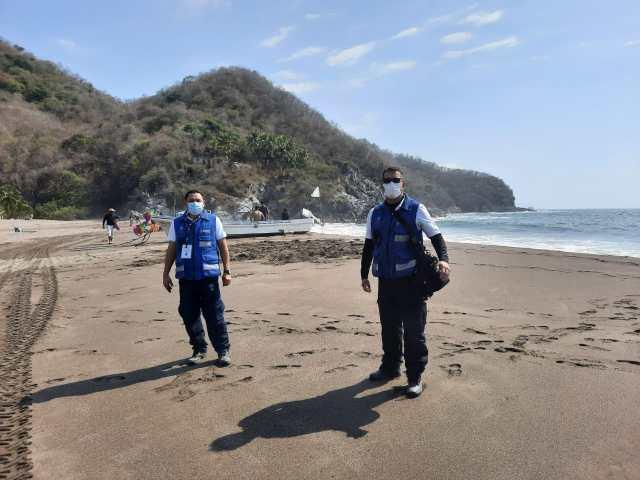 Mantiene CRUM operativo en playas michoacanas