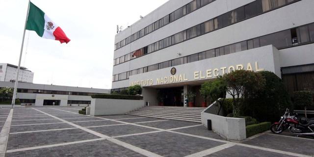 Tribunal notifica al INE sobre candidaturas de Morena en Guerrero y Michoacán; tiene 48 horas para resolver