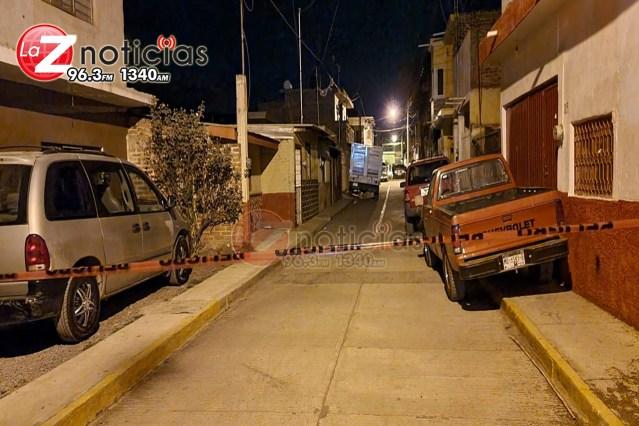 Hombre es ultimado a tiros en la entrada de su casa en Ario de Rayón
