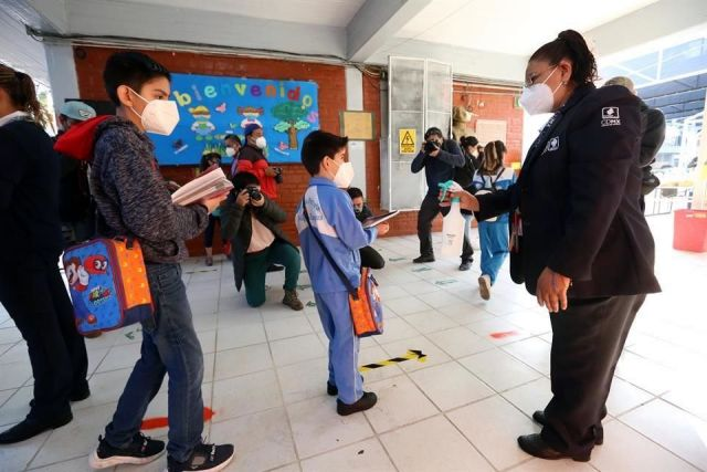 Registran 50 sospechosos por Covid-19 en escuelas en la Ciudad de México