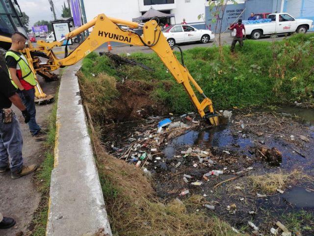 Gobierno de Morelia interviene con limpieza calles y avenidas