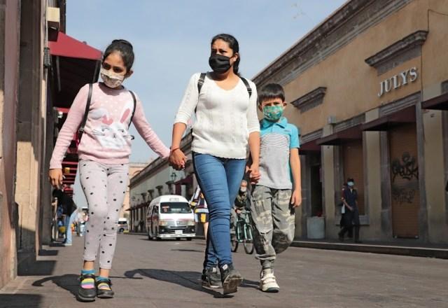Mínima incidencia de casos confirmados de COVID-19 en Michoacán de niñas, niños y jóvenes