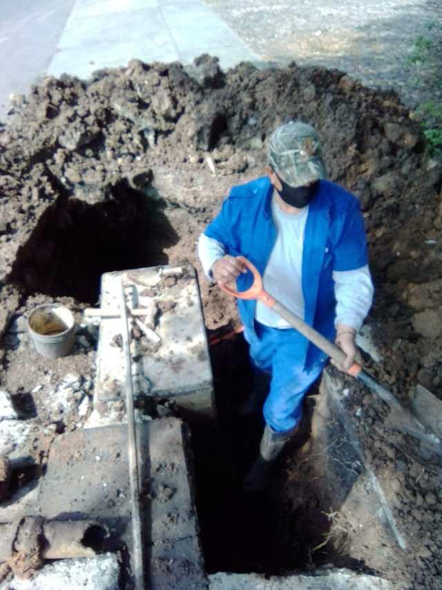 Hoy se repara fuga en válvula de agua potable ubicada en Ortega y Montañez