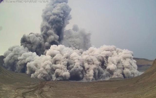 Al menos 10 niños intoxicados tras la erupción del volcán Taal en Filipinas