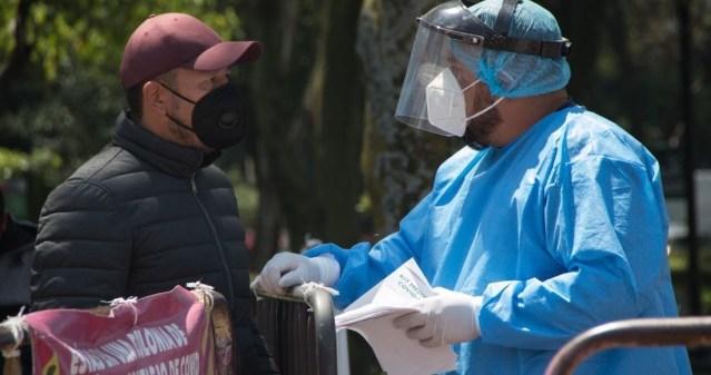 México llega a 238 mil 595 muertes COVID. Suma 5 mil 920 contagios en 24 horas