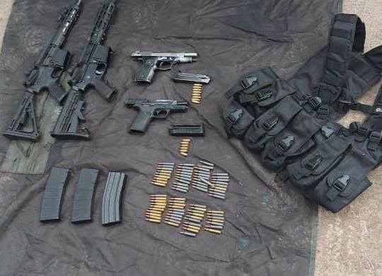 Detienen SSP y Sedena a tres en posesión de cuatro armas de fuego, cargadores y cartuchos