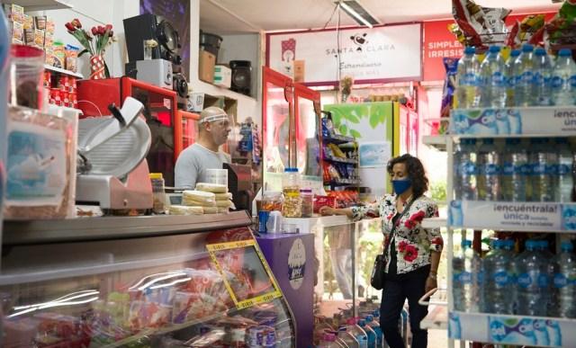 Pequeños comercios piden que no se aumenten los impuestos para el 2022