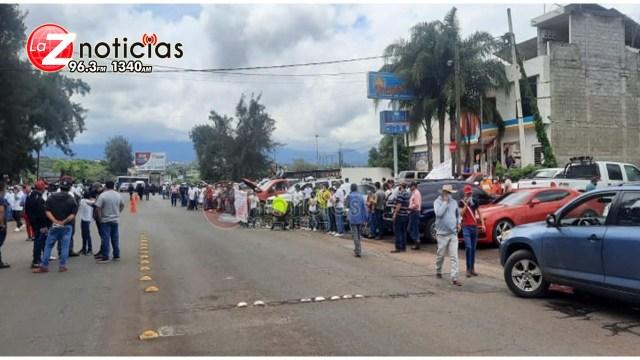 Se manifiestan para pedir apoyo para Tepalcatepec, Aguililla y Coalcomán