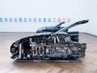 «Cake», détail (2016) de Yngve Holen | exposition «Verticalseat» de Yngve Holen à la Kunsthalle Basel du 13 mai au 14 août 2016 (photo : alain walther