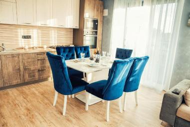 Lazurniy Bereg Holiday Villas And Vacation Rentals Dining Area 03