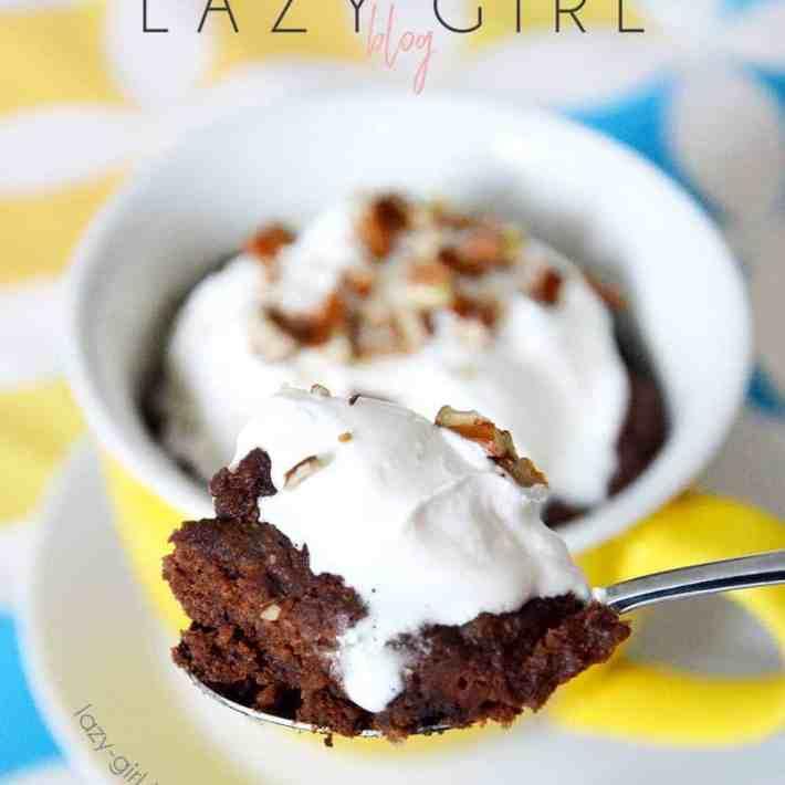 Craving chocolate on the ketogenic or low carb diet? This healthy low carb Keto Chocolate Pecan Mug Cake For Two is perfect for you! #ketomugcake #lowcarbmugcake #1minutemugcake #easyketodessert #keto #ketodiet #ketorecipes #ketogenic #ketogenicdiet #ketogenicrecipes #lowcarb #lowcarbrecipes
